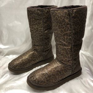 Uggs woman's size 11